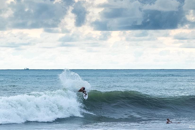 Previo ISA World Surfing Games