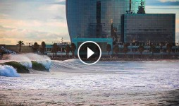 barcelona waves surfing destacada